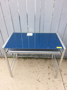 Desk metal with glass top