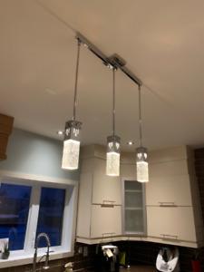 Plafonnier moderne ensemble de 3 lumières + 1 autre unité.