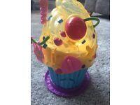 Squinkies cupcake bakery