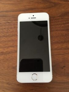 Apple iPhone 5S 16GB white/silver.