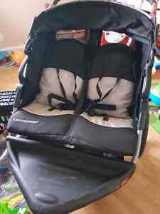 Expedition double stroller