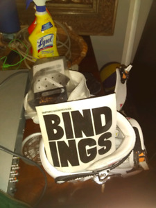 Brand name snowboard bindings