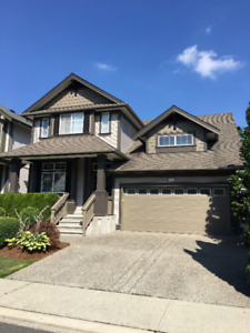 Entire house for rent in Langley