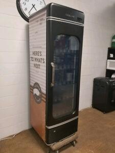 Office Bud-E Beer fridge, Goose Island. Holds 180 Beers.