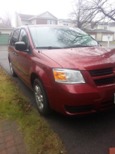 Dodge Caravan 2010Se only 65k mileage ,and very good condition
