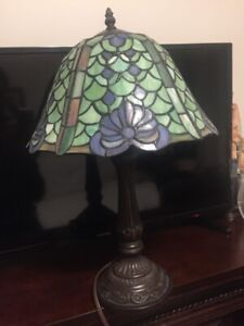 Stain glass lamp bronze color base