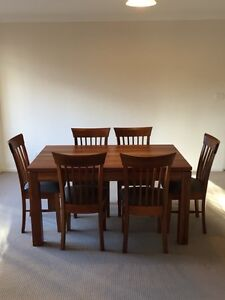 Impeccable hard wood dining table and chairs set Wollongong Wollongong Area Preview