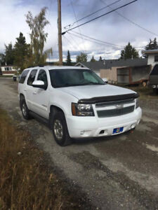 2008 Chev Tahoe, Leather, Loaded, Low Kms, Mint