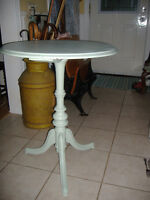 Antique painted round pedestal occasional table