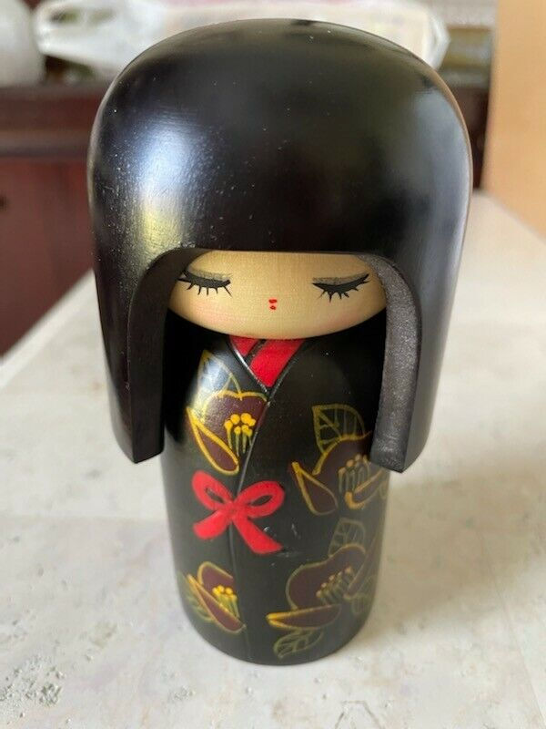 """Prime Kokeshi Speciality Japanese Wooden Doll Black Kimono with Red ~ 5.5"""""""