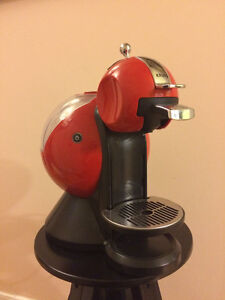 NESCAFE Dolce Gusto Melody 2 Manual Coffee Machine by Krups