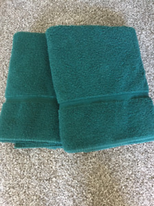 Hunter Green Bath Sheets -2