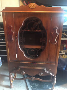 Antique display hutch (Canadian made)