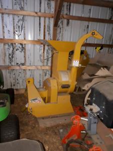 Wallenstein bxm32 wood chipper