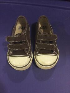 Gap Grey Velcro shoes Size 6 toddler