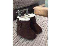 Boots- brand new 0-3 months