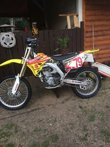 2007 RMZ 450 Can deliver to PA or Saskatoon on Friday!