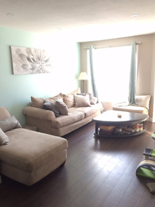 Short term cool roommate wanted in nice house available now!