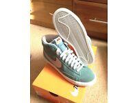 Nike blazer mint green size 7