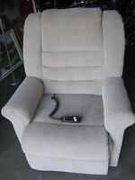 Chair lift recliner