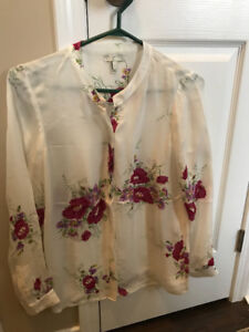 Joie Small 100% Silk Floral Blouse
