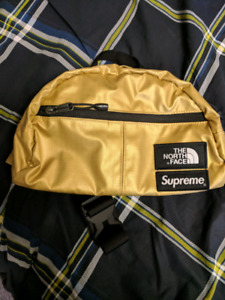 Supreme North Face Roo