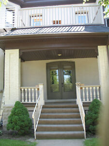 Clean, Quiet, Safe Bach Apt Avail Oct 1/16  Wi-Fi Incl