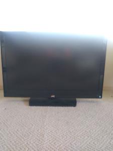 """LCD  JVC  42 """"  screen TV"""