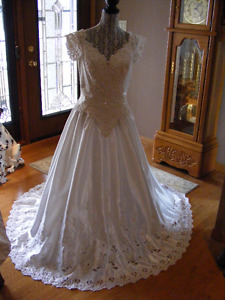 Beautiful sequence/pearls wedding dress with train