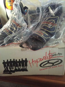 HYPERLITE BLINDSIDE WAKEBOARD BOOTS (rare) Peterborough Peterborough Area image 3
