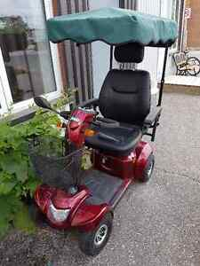 Odyssey LX Electric Scooter - Excellent Condition!