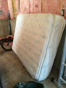 MATTRESS AND SOFA'S JUNK REMOVAL ONLY $60