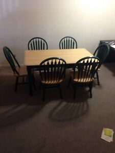 Solid Maple Country Style Dining Set