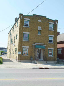 1 Bedroom Downtown Kitchener Apartment - Available Dec 1st Kitchener / Waterloo Kitchener Area image 4