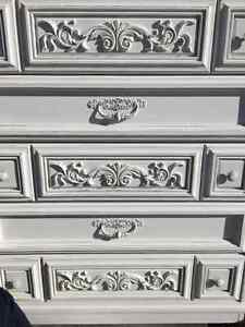 Vintage dresser, chest of drawers London Ontario image 1