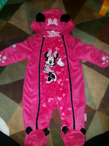 Minnie mouse snow suit