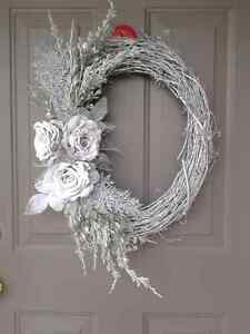 NEW WINTER VINE WREATH
