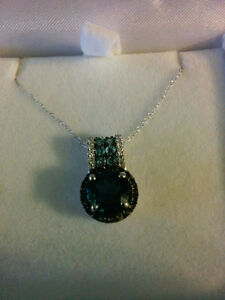 White Gold Pendant with 16 in chain stamped at 10 kt London Ontario image 1