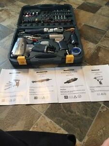 4 air tools with acceasories