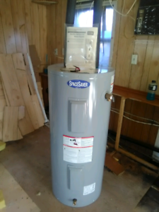 30 gallon hot water tank brand new never used