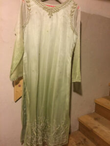 Beautiful (salwar) Kameez LIKE NEW - ONLY WORN ONCE!!