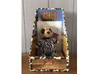 Limited edition safari Oleg meerkat