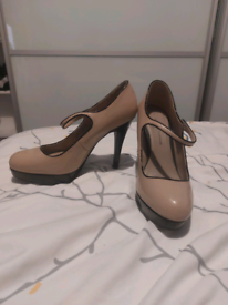Dorothy perkins nude heels