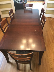 solid wood dining table set including 6 chairs
