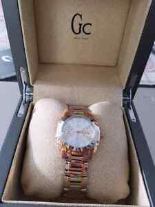 "Montre neuve "" Guess Collection"""