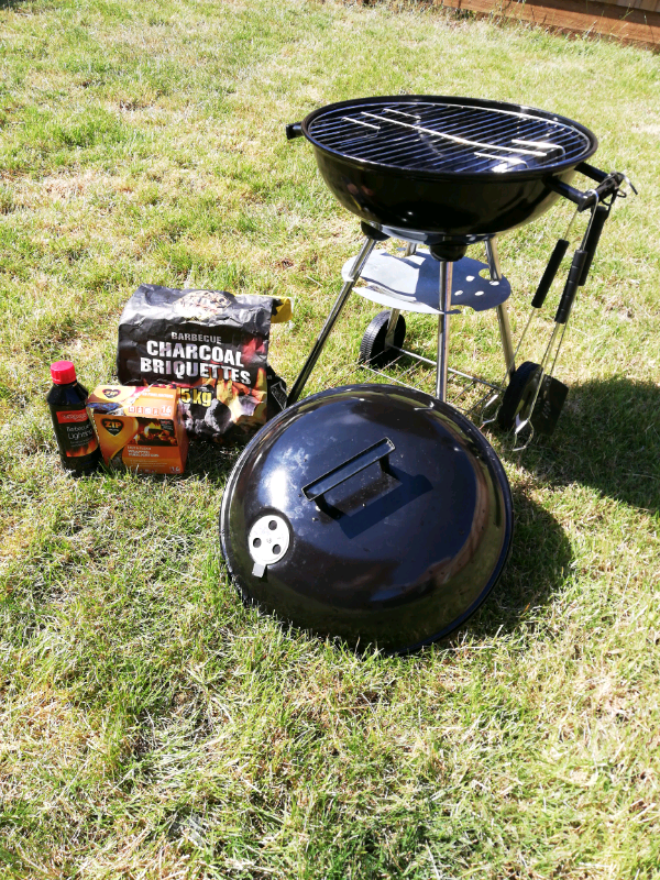 Small Kettle Bbq In Barry Vale Of Glamorgan Gumtree
