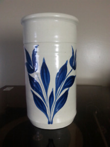 Williamsburg Pottery Canister/Vase