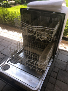 *KENMORE DISHWASHER* FOR SALE - BLACK EXTERIOR - GOOD CONDITION
