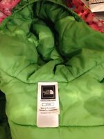 North face jacket girls excellent condition 2t