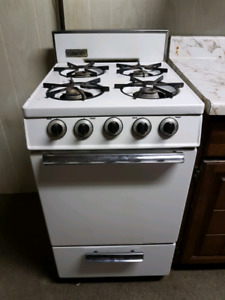 Gas stove.....make me an offer